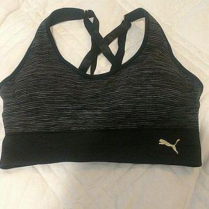 Medium premium sports bra